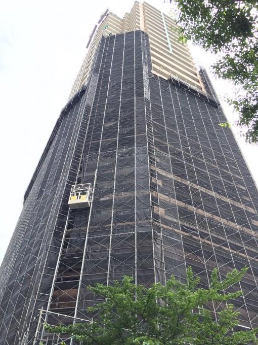 猿鳶太助60m仕様!江東区の30階建てタワーマンションの改修工事に使用中です。