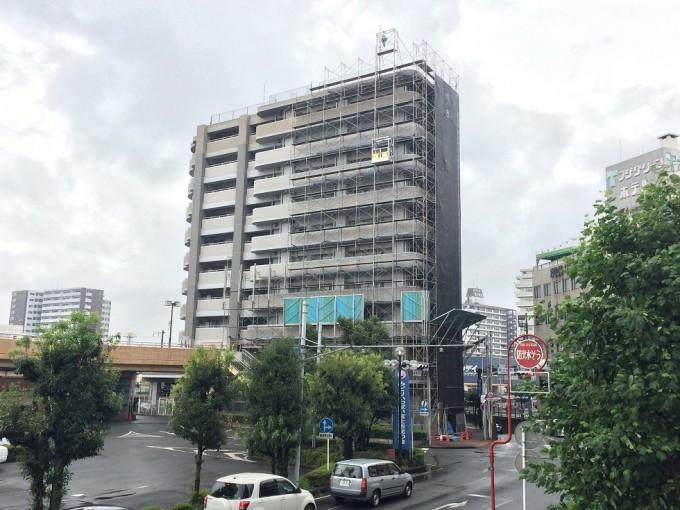 静岡県の富士駅前のマンション改修工事でご利用いただいています