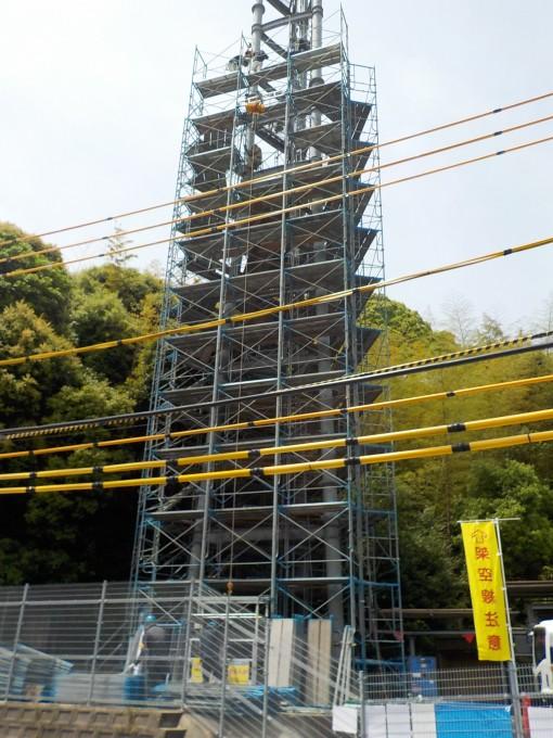 携帯電話電波塔の改修